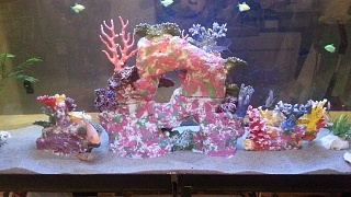 Click image for larger version  Name:back of reef tank.jpg Views:117 Size:246.6 KB ID:181682