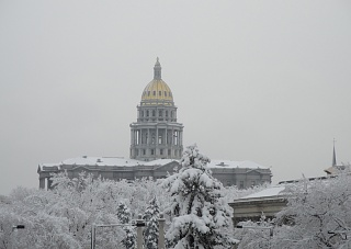Click image for larger version  Name:Capitol - WINTER - 01.jpg Views:38 Size:59.4 KB ID:23150